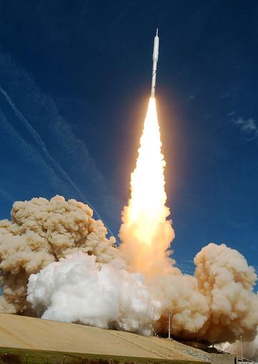 Photo Courtesy of Orlando Sentiental re: NASA space ship