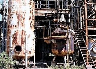 An insecticide plant in Bhopal India had a leak that directly impacted the lives of 900,000 people. It is the worst chemical disaster in history, caused by lax safety standards and outright carelessness in the handling of an extremely toxic chemical.