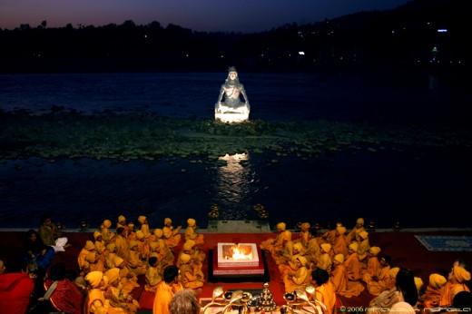 Rishikesh Grand Aarti - IV