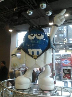 Store Review: M&M's World, Times Square, Manhattan
