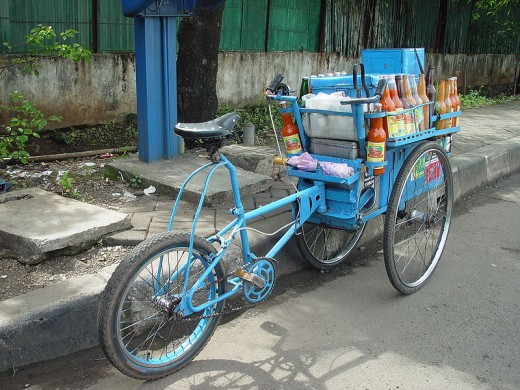 Delivery bike, Jakarta, Indonesia. Photographed by Jonathan McIntosh. Image courtesy of Wiki Commons