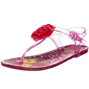 Jelly sandals are so hot this summer!