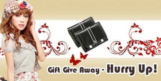Gift Away Promotion at Fashion4us.com