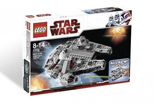 Lego Star Wars Millennium Falcon 7778 - Box