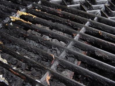 Barbecue Maintenance Tips.    Image source - http://barbecueandbeans.com