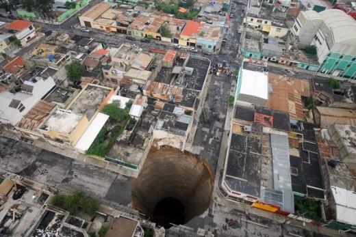 THE HUGE SINKHOLE IN GUATEMALA CITY, GUATEMALA    It happened after the city was ravaged by the cyclone Agatha this year.
