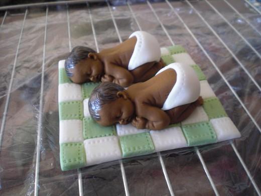Gumpaste babies