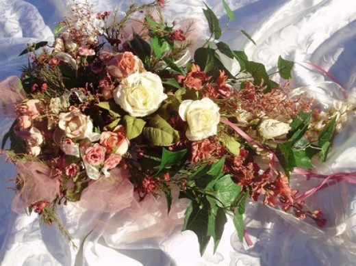 Soft, feminine Victorian colors are popular for vintage weddings.