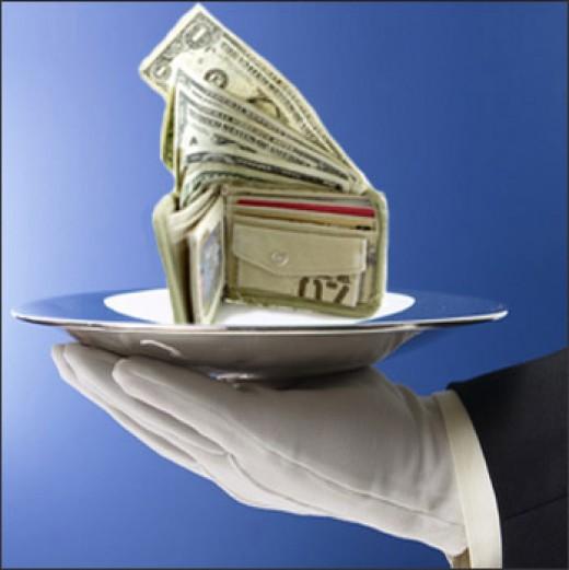 www.varolmak.com/blog/payday_loan_money.jpg