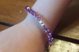 Single strand bracelets offer a variety of options and can look beautiful and simple.