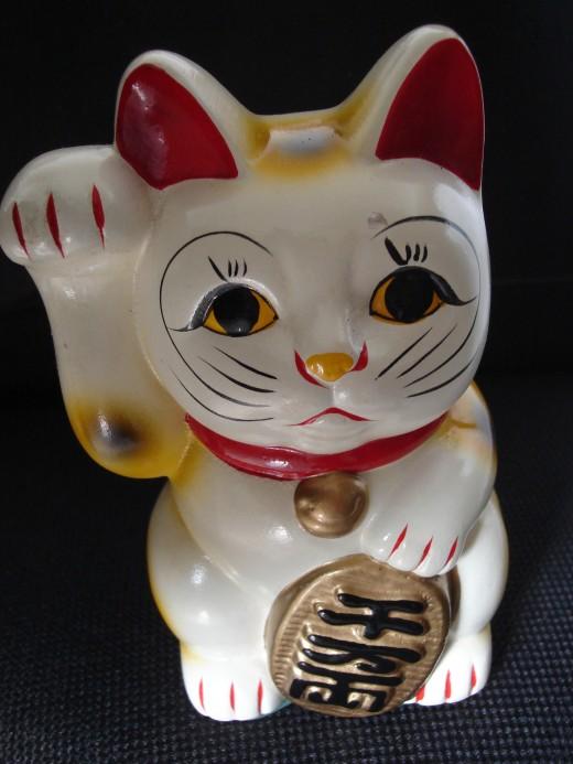 Japanese Maneki Neko Cat