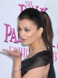 Aishwarya Rai has a great ponytail. The look is sleek, well put-together and effortless.