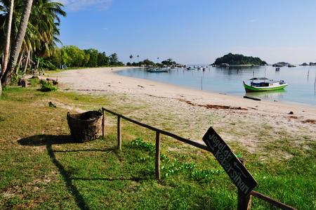 Tanjung Kelayang Beach (photo by Wawies Wisnu Wisdantio)