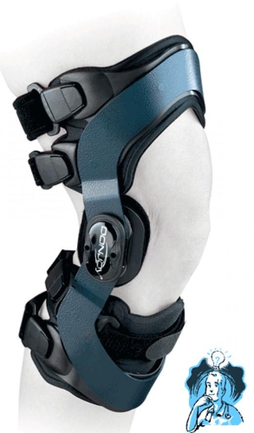DonJoy Oadjuster Arthritis Knee Brace