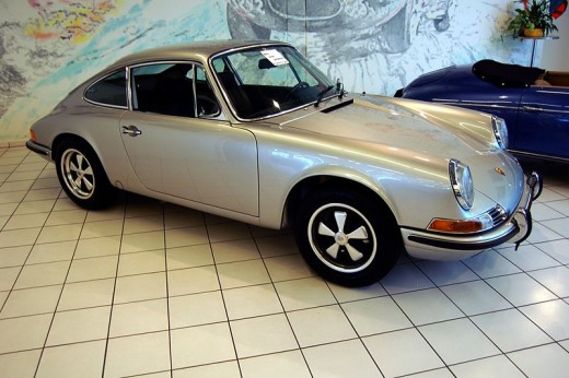 Porsche 911 - a classic stick shift car