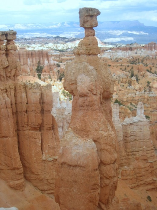 Hoodoos with Thor's Hammer - Bryce Canyon Amphitheater