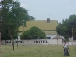 One of the oldest hotels in Kalomo, I do not know how long ago this picture was taken but nothing seems to have changed here.