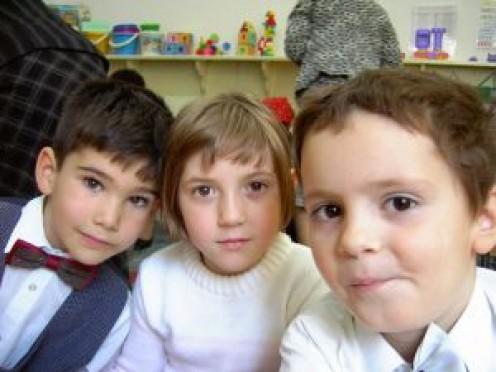 Kindergarten kids.  Image by Daniel Buican, Stock.xchng