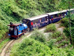 Indian Puffing Billy: Kalka-Shimla Toy Train