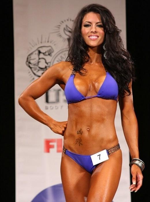 Amanda Latona - IFBB Pro Bikini