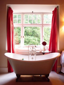 A spotless bathroom spa