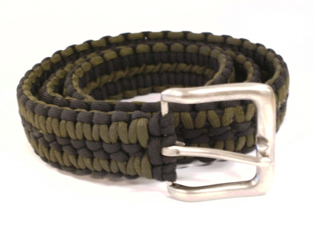 How To Make Paracord Belt How To Make a Survival...