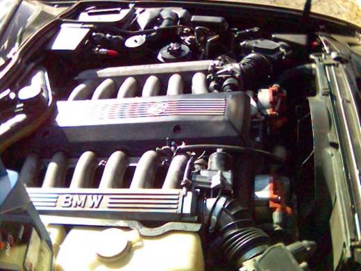 The BMW V12 motor