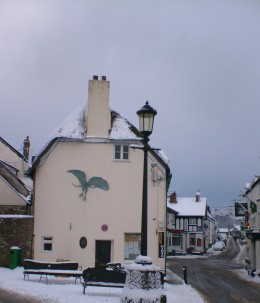 Market Square, Moretonhampstead.  Central Stores Cafe is just across the road.