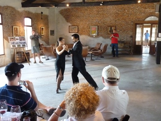 Now the second couple is dancing the Tango.