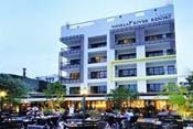 Navalai River Resort - A popular boutique hotel by the Chao Phraya River and Khao San Road