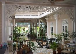 Raming Tea House