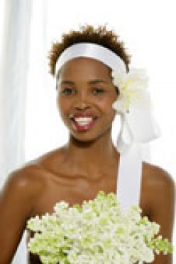 Brides: How To Find the Perfect Hairstyle/Headpiece for the Wedding Day!