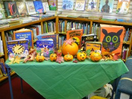 Get your kids in the mood for Halloween with a spooky story.