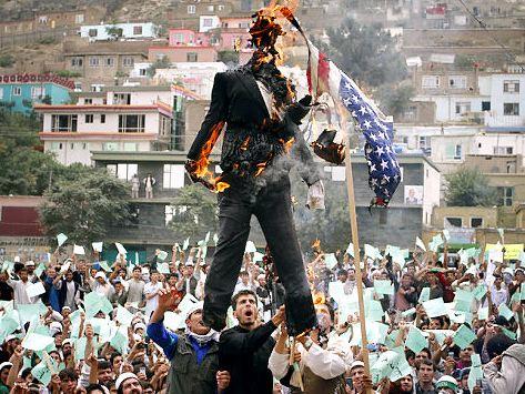 burning the koran protests pastor Jones burning