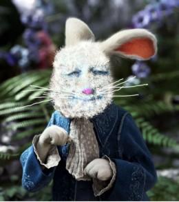 The De Greek Rabbit - Wonderland HubNugget guide - Image by Enelle Lamb, photo from altfg.com