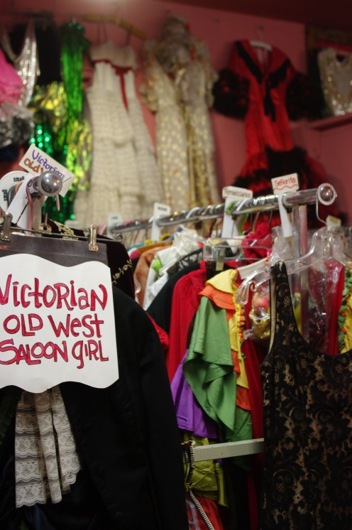 vintage clothing stores in tucson for clothes