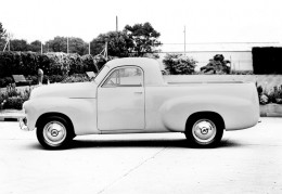 This is very similar to the brand new FJ Ute we travelled in in the Winter of 1953