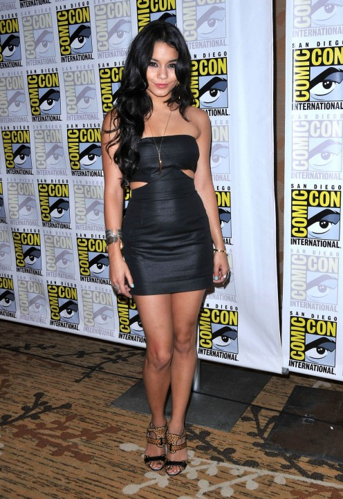 Vanessa Hudgeons at Comic Con 2010