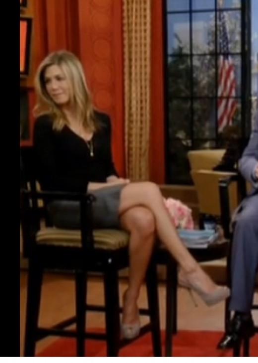 Jennifer Aniston and her always stunning legs on display