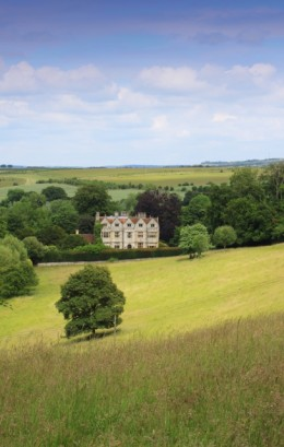 A mansion in the English countryside - a life left behind