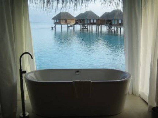 we can appreciate the view while bathing.