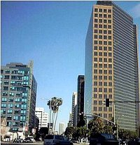 Miracle Mile district of Wilshire Boulevard, Los Angeles.