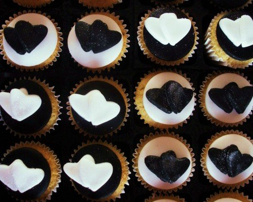 Edible glitter on mini cupcakes hearts