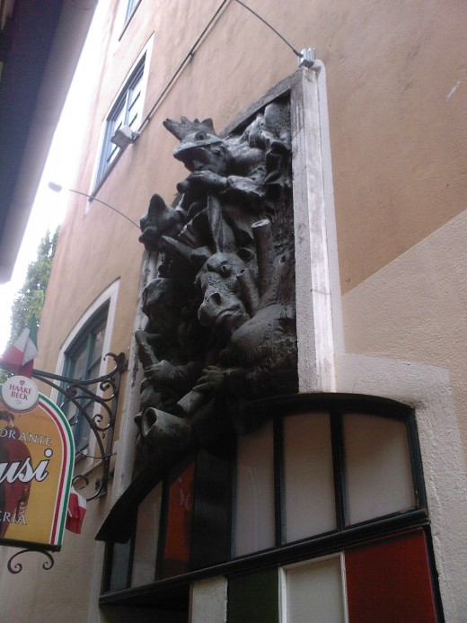 The Bremen street musicians!