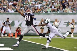 If only the game could have ended right there, with Randy Moss's daring one-handed escape from Revis Island. GO JETS
