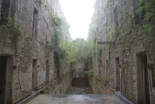 Dog Friendly Venues  in Bodmin: Bodmin Jail Ruins