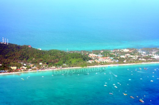 Notice the long beaches both on the eastern and western sides of the island