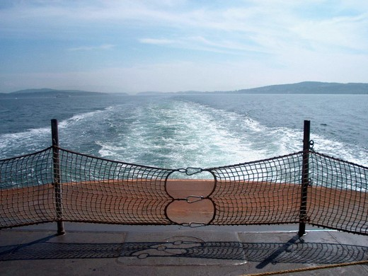 The stern of a Washington State Ferry