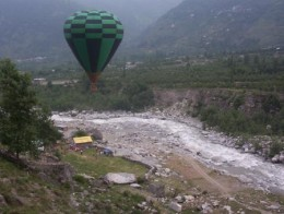 Hot Air Ballooning over Beas River in Manali - Details Below