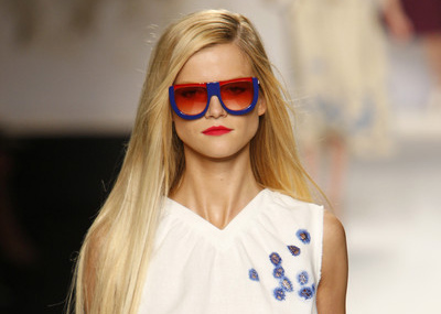 FENDI Spring 2011. Photography by Peter Stigter